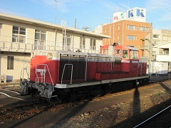 20171125DL牽引6103列車blog01.jpg